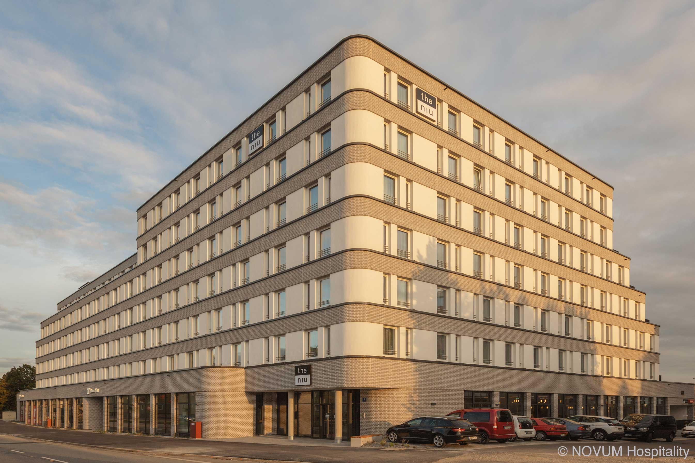 hotelausstattung-hoteleinrichtungen-bachhuber-Hotel-Niu-Sparrow-aussen-fassade-01