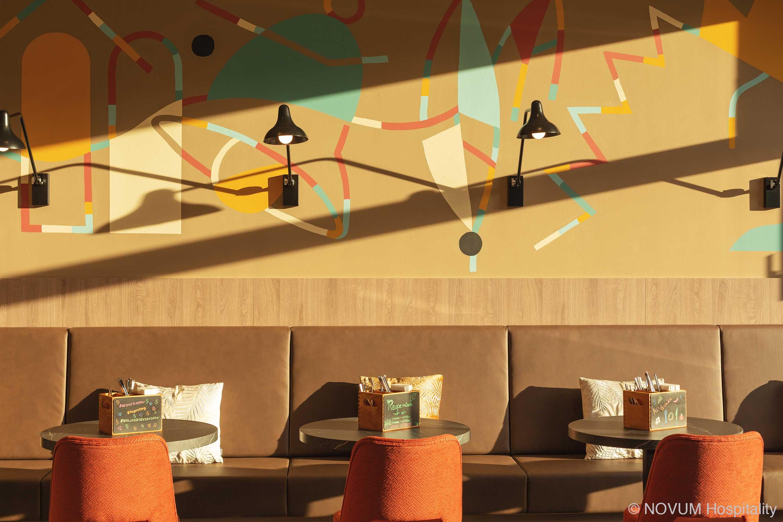 hotelausstattung-hoteleinrichtungen-bachhuber-Hotel-Niu-Sparrow-fruehstueck-restaurant-02