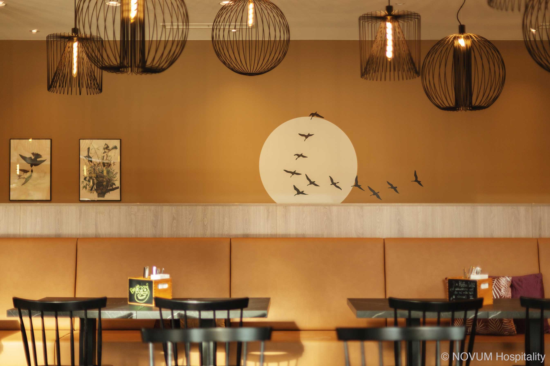 hotelausstattung-hoteleinrichtungen-bachhuber-Hotel-Niu-Sparrow-fruehstueck-restaurant-06